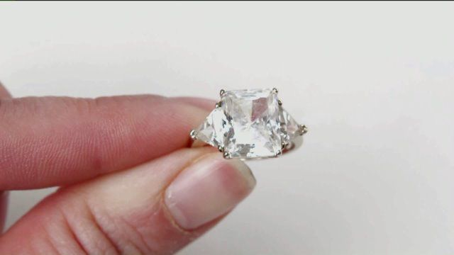 Man Pleads for Return of Stolen Diamond Ring — WNEP.com