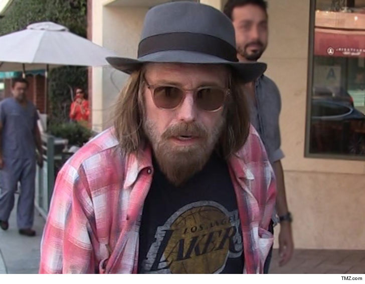 Tom Petty Found Unconscious in Full Cardiac Arrest (UPDATE)