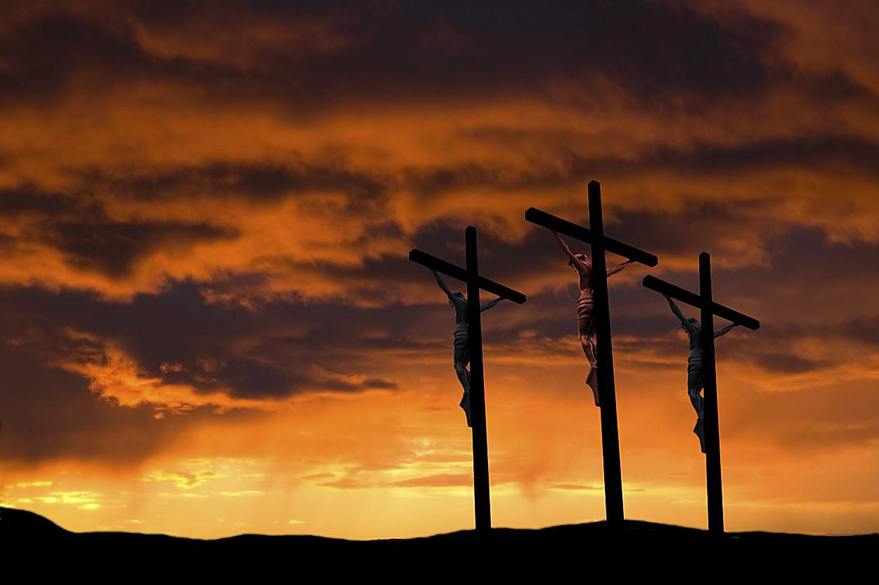crucifixion-3-crosses-58b5ceeb5f9b586046d09034